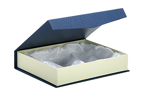 caja-contenedora-placas-bandejas-trofeos-uriarte